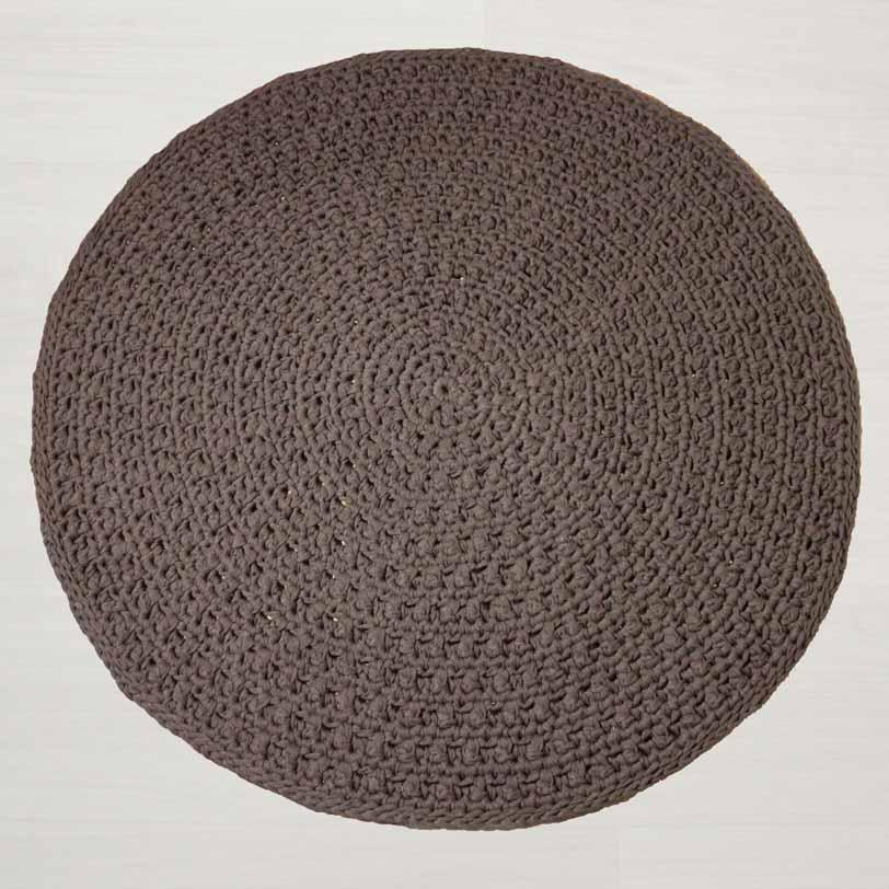 Skandinaavinen Nuku virkattu matto