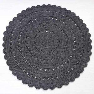 teräksenharmaa virkattu matto