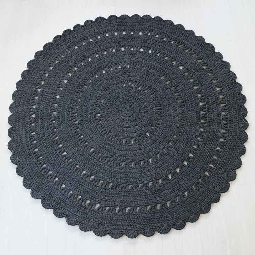 teräs tummanharmaa virkattu matto 140 cm